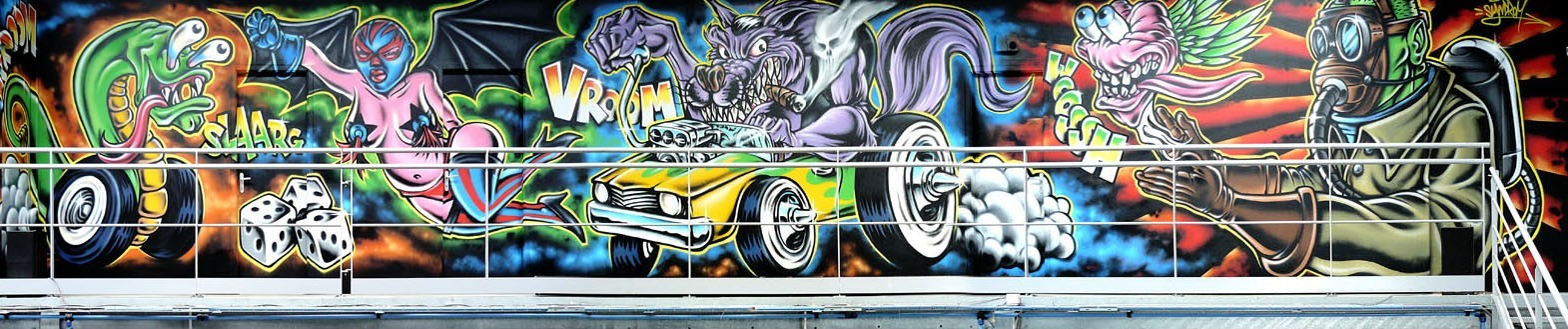 fresque-graffiti-garage-rocknroll-monster