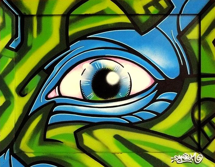 graffiti-blue-eye
