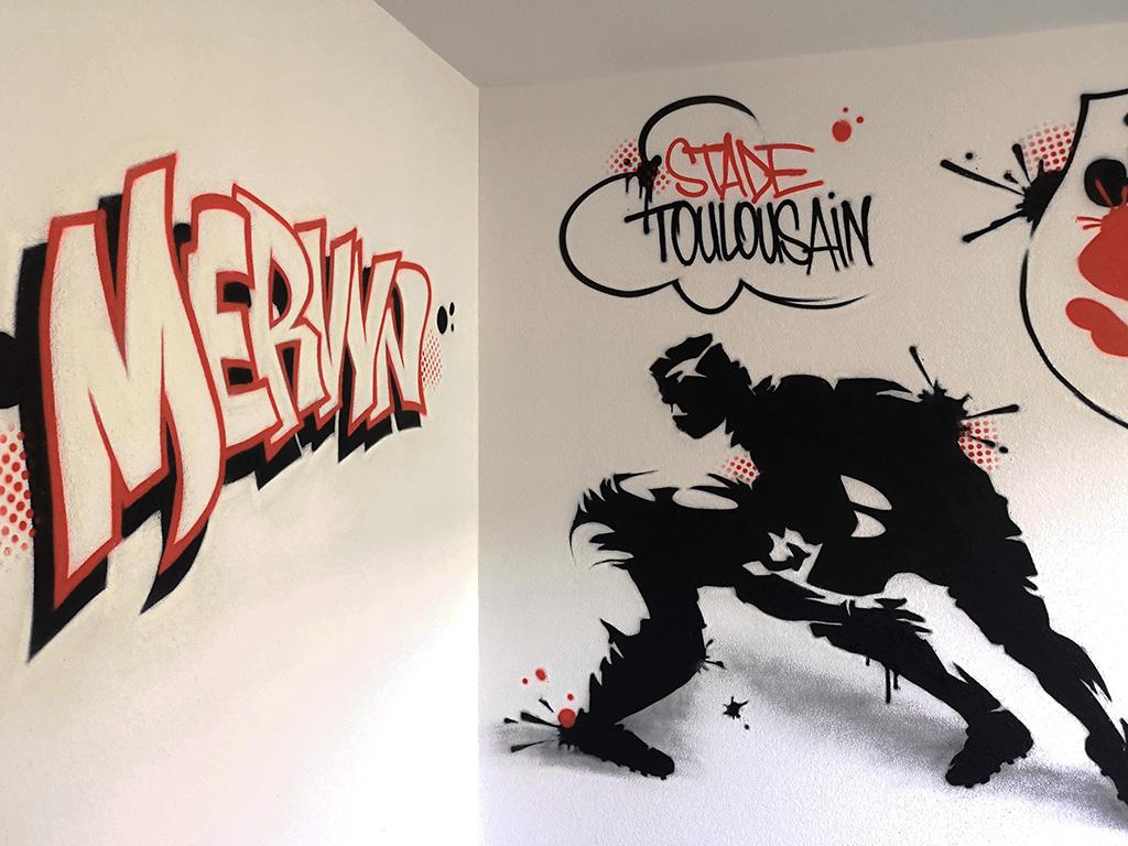 Chambre d'ado avec graff sur le thème du Stade Toulousain