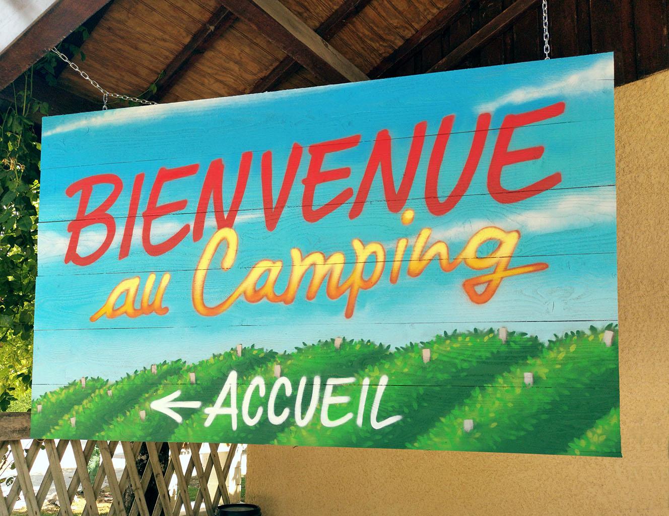 """Camping """"Les Lacs de Courtès"""""""
